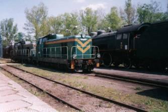 Lokomotywa SM 42-407 bez akumulatorów wraca do Suchej Beskidzkiej.