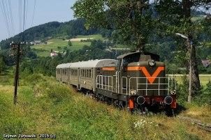 """SP42-260 z pociągiem """"Kociołkiem"""" i """"Sputnikiem"""" po Małopolsce i Podkarpaciu'2015. Fot.: Szymon Jurkowski."""