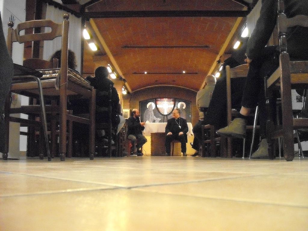 Famiglie del Gelso e Vescovo Lanfranchi alla Casa della Carità di Cognento - 01
