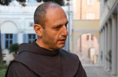 Siria Padre Karacach