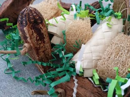 bird toy with mahogany pods