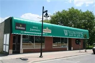 Wellington's Pub and Grill
