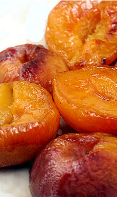 Buttery Roasted Brown Peaches for eating as is, or for Roasted Brown Sugar Peach Ice Cream!
