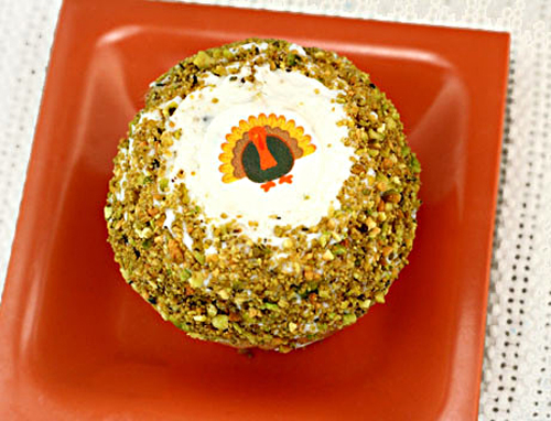 Orange Olive Oil Thanksgiving Cupcakes using ticings!