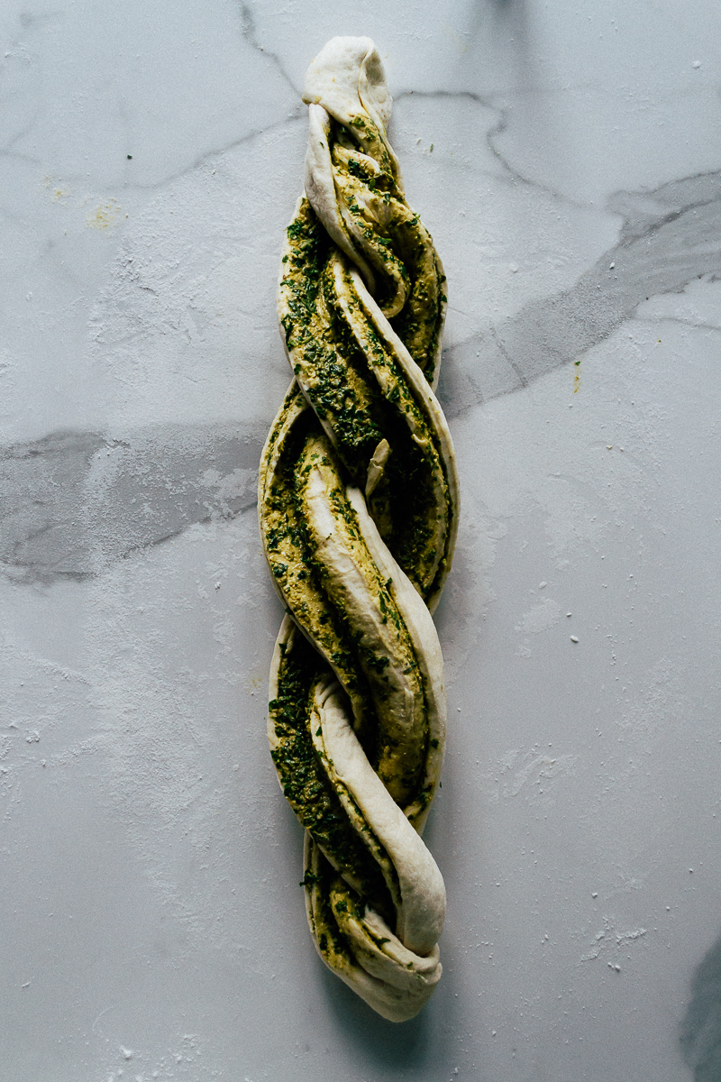 pesto-bread-24
