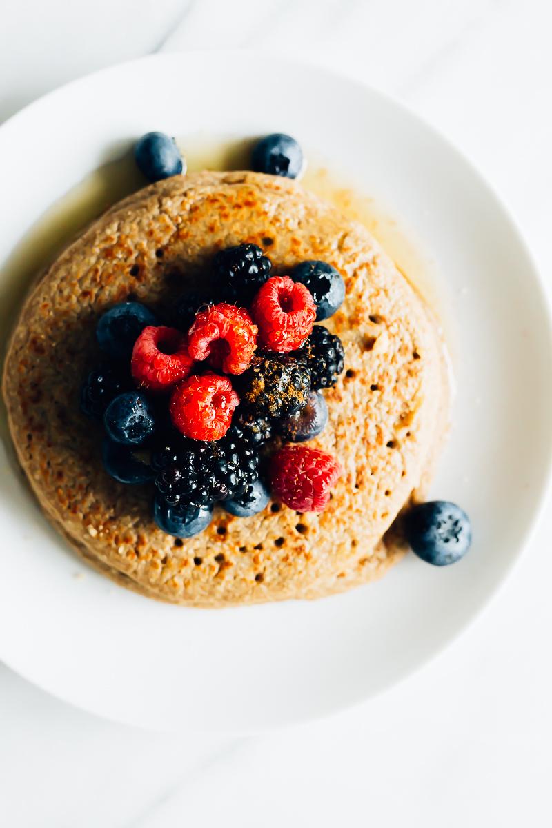 Oat Banana Cinnamon Pancakes | Parsley Vegan