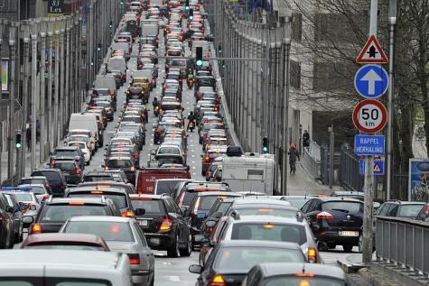 Taxe au kilomètre : Libérons d'abord le transport de personnes