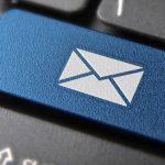 ¿Qué es el spoofing de correo electrónico? Cómo los estafadores falsifican correos electrónicos falsos