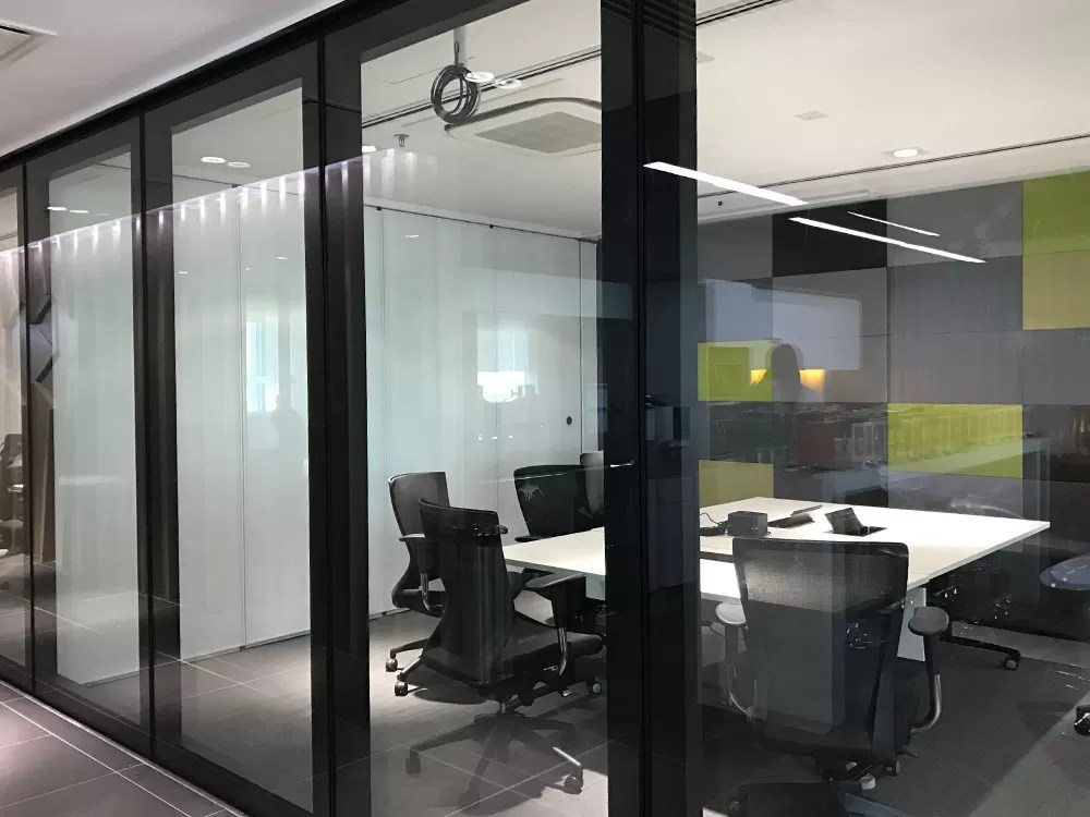 Glass Room Dividers Operable Folding Partition Walls Less Then 3 M Height