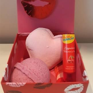 Valentijn set roze met lippenbalsem