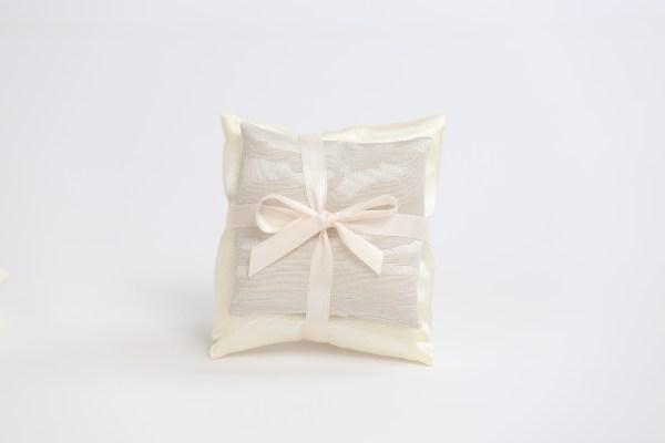 Coppia Cuscini Sacchetto Moire Colore Perla (10 pz)-0