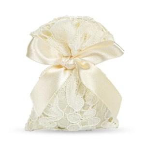 sacchettino per confetti di colore avorio in macramè-0