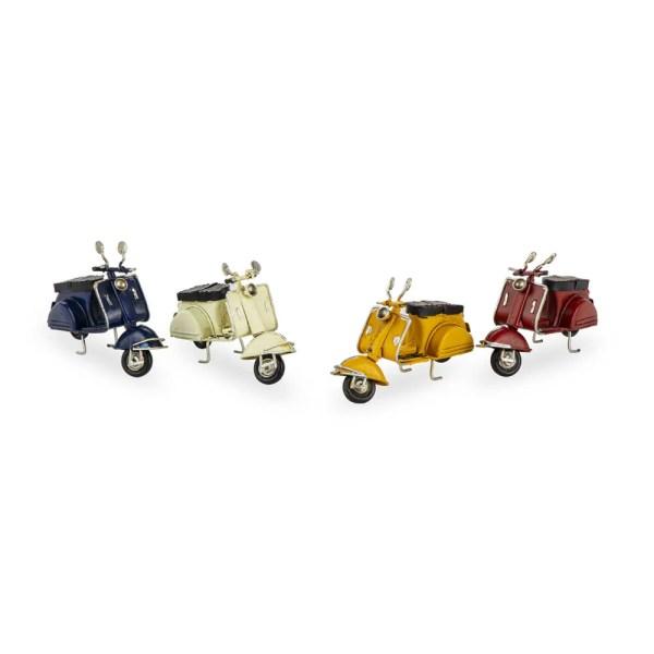 Scooter in 4 colori assortiti