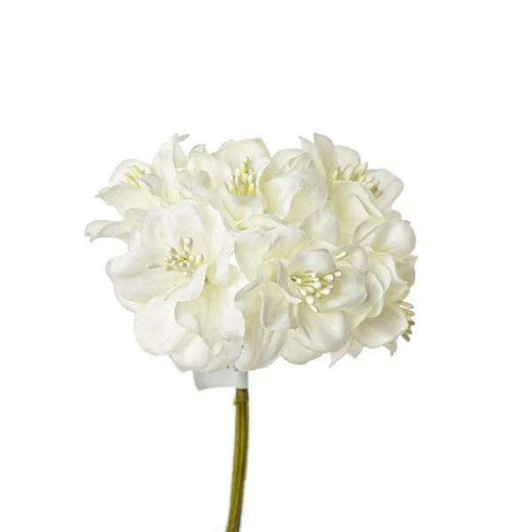 Applicazione fiore con pistilli panna