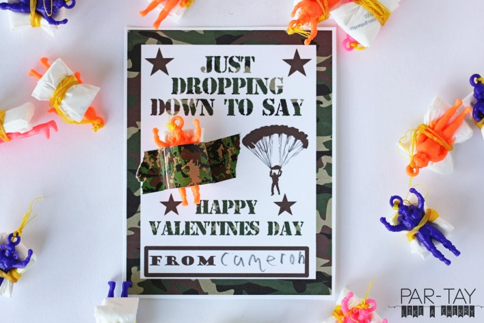 free printable parachuter valentine's day card. Perfect for classroom exchanges.