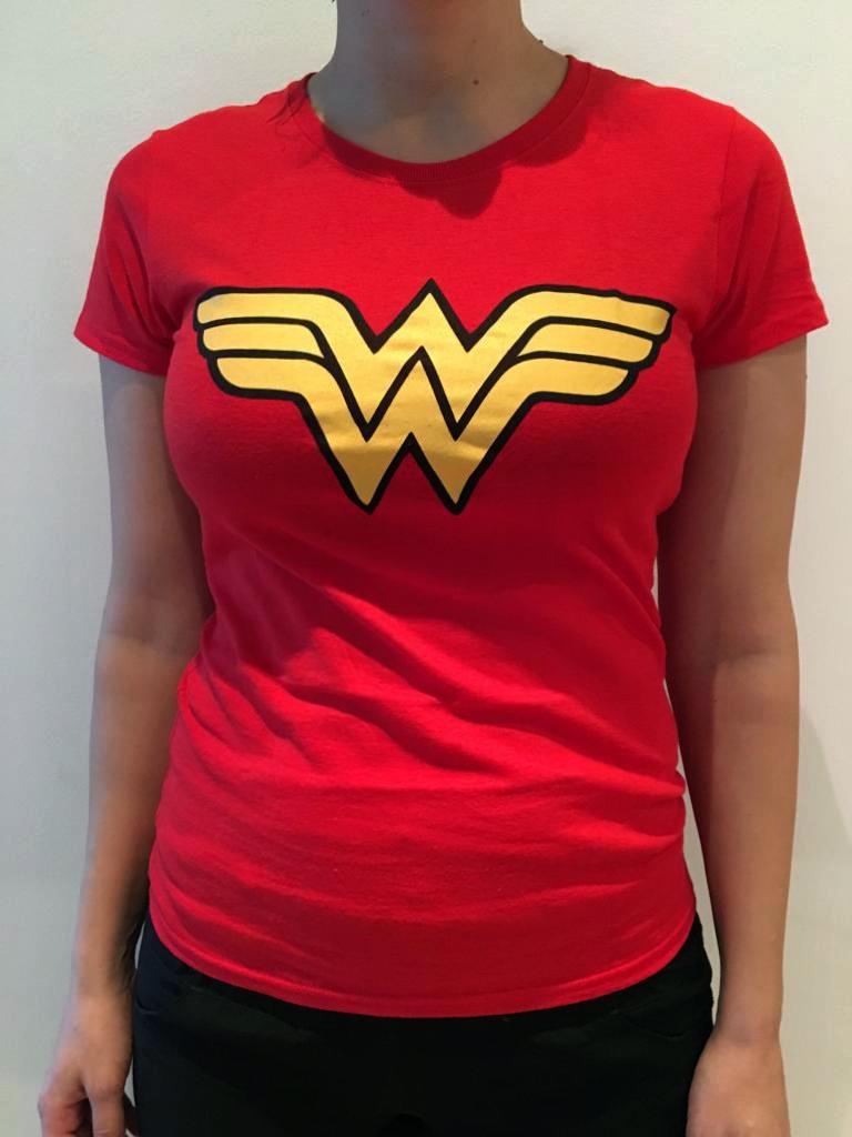 Customer Wonderwoman t-shirt