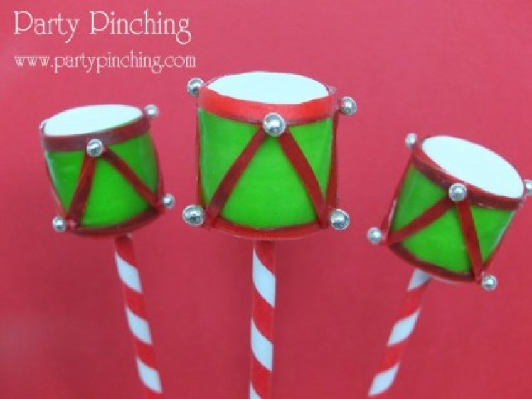 drum marshmallow pop, christmas marshmallow pop, toy drum, christmas dessert ideas, christmas treat ideas for kid