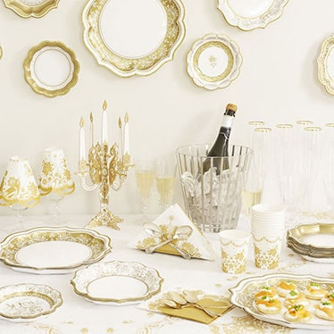 wedding themeschoose one of our lovely wedding tableware sets to give your reception an extra special feel