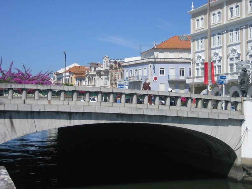 Canales Aveiro