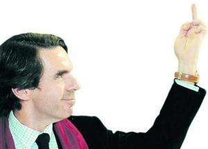 Aznar y su dedo del medio