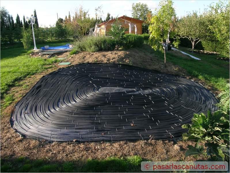 Una ensaimada solar para climatizar tu piscina for Calentar agua piscina casero