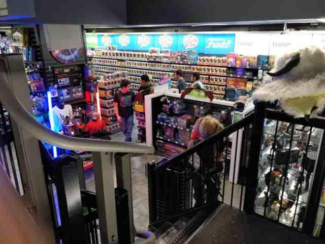 Boutique ThinkGeek New York Broadway Think Geek