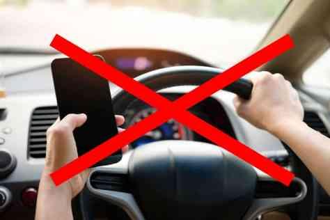 danger conduite volant cellulaire ios Android