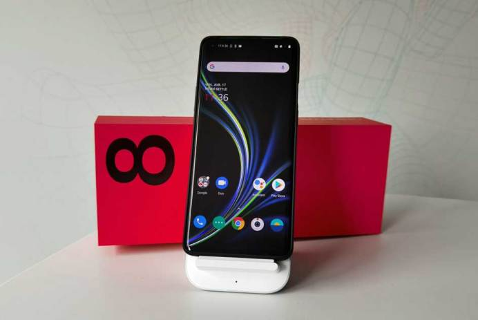 OnePlus 8 Pro chargeur induction prix Canada