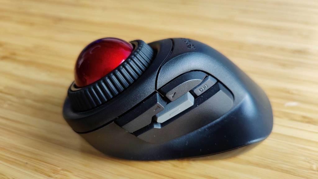 Orbit Fusion Kensington trackball souris ergonomie