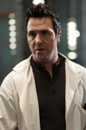 Paul McGillion as Carson Beckett