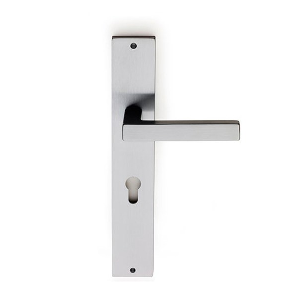 Handle on plate satin chrome barletta fashion-2-2