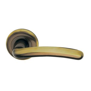 Handle on tose polish brass giza classique