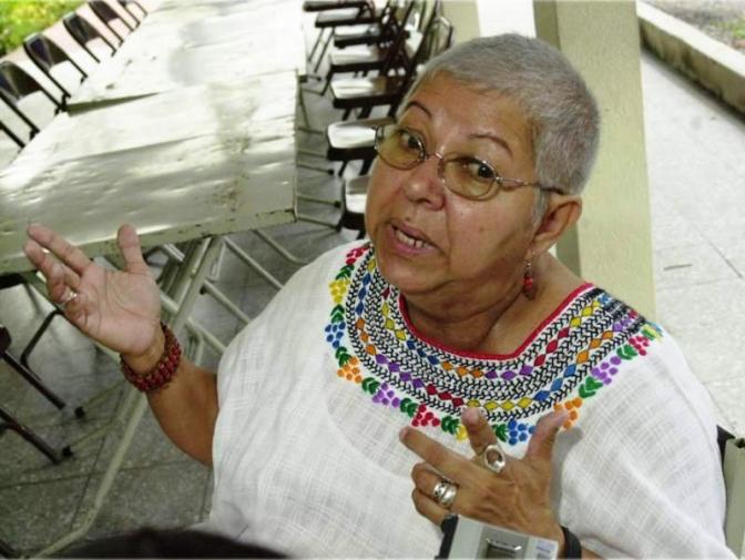 Hostigamiento no para: Gladys Lanza perseguida por motociclistas y vehículo sin placas