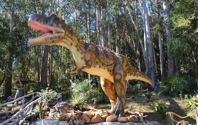 vale dos dinossauros_foz do iguacu