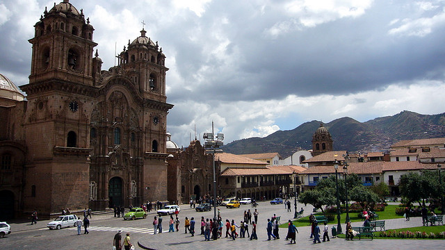 cusco_plazadearmas