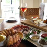 La Veranda rose, charcuterie and cheese