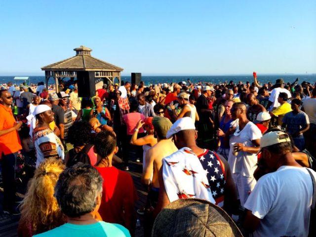 boardwalk dance party