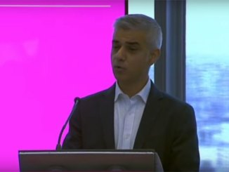 London Mayor backs legal challenge against Heathrow