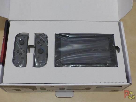 Unboxing Switch - Intérieur de la boîte