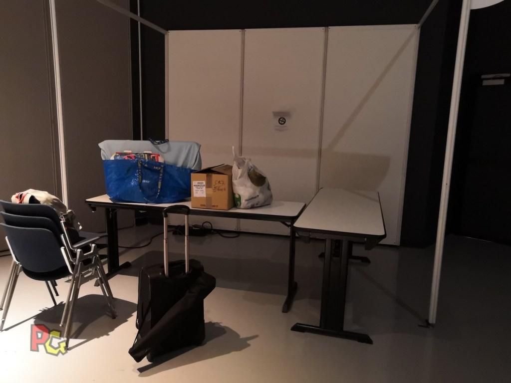 Premier-stand-en-convention-PAF2019-clap-de-fin-et-déballage