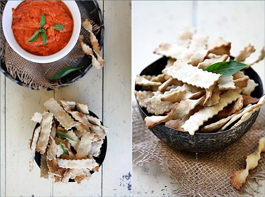 Garlic Herb Crackers with Creamy Bell Pepper Dip