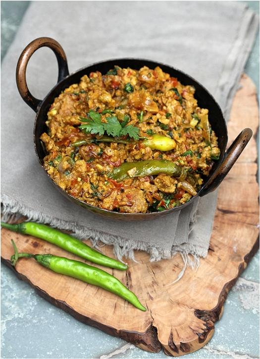 Chicken mince with eggplant