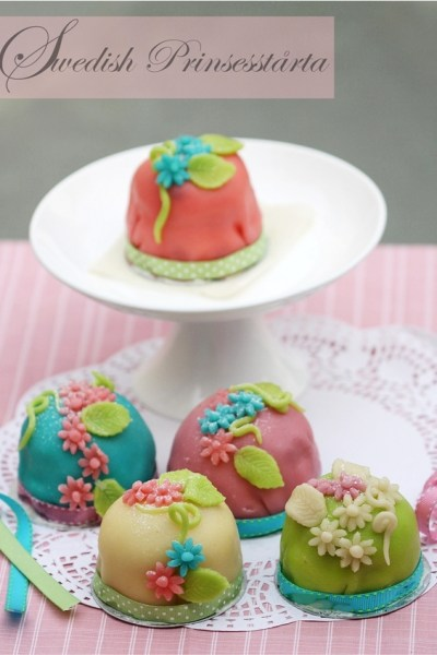 Baking | Swedish Prinsesstårta Cupcakes … Daring Bakers serve up royally delicious cakes!