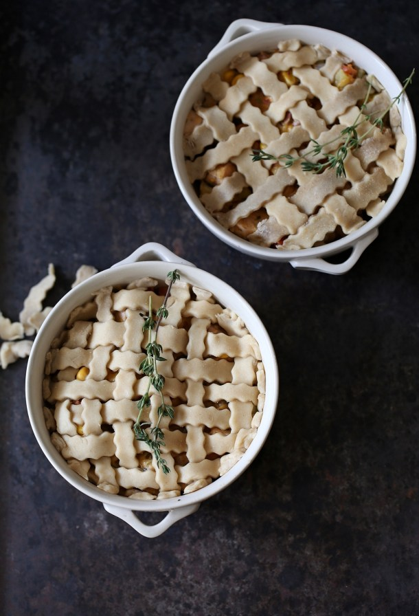 Cheesy-Chicken-Pot-Pies-6 Baking | Cheesy Chicken Pot Pies ... comfort food for the holidays with #bigbanyanwines