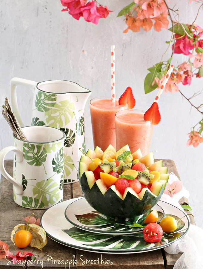 Food Talk | Strawberry Pineapple Smoothies & Watermelon Kiwi Gooseberry Fruit Bowl- going Tropical with Chumbak