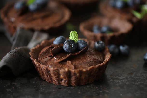 Wholegrain-Eggless-Chocolate-Blueberry-Tart-8 Wholegrain Eggless Chocolate Blueberry Tarts ... sometimes chocolate IS the answer!