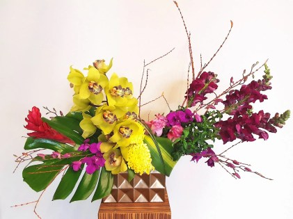 unique-flower-arrangement-kelowna-bc
