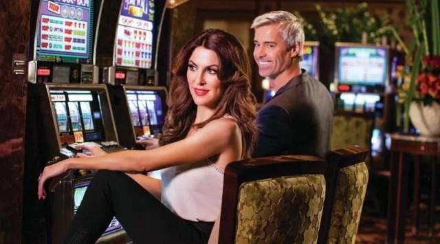 Trouver l'amour sur internet, c'est comme gagner au casino