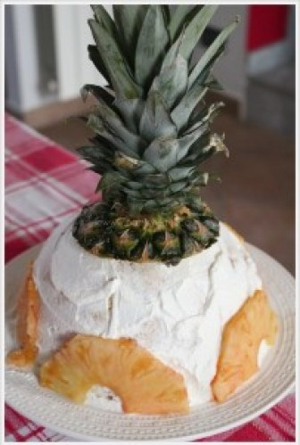 cupola di pandoro all'ananas