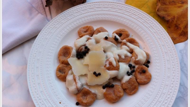 Gnocchi di zucca con fonduta di parmigiano
